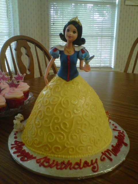 Snow White Cake Main Made Custom Cakes